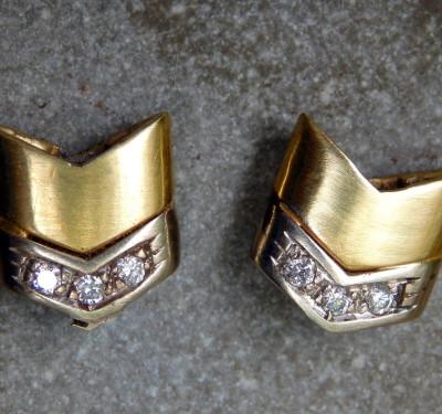Unikat Ohrstecker Gold