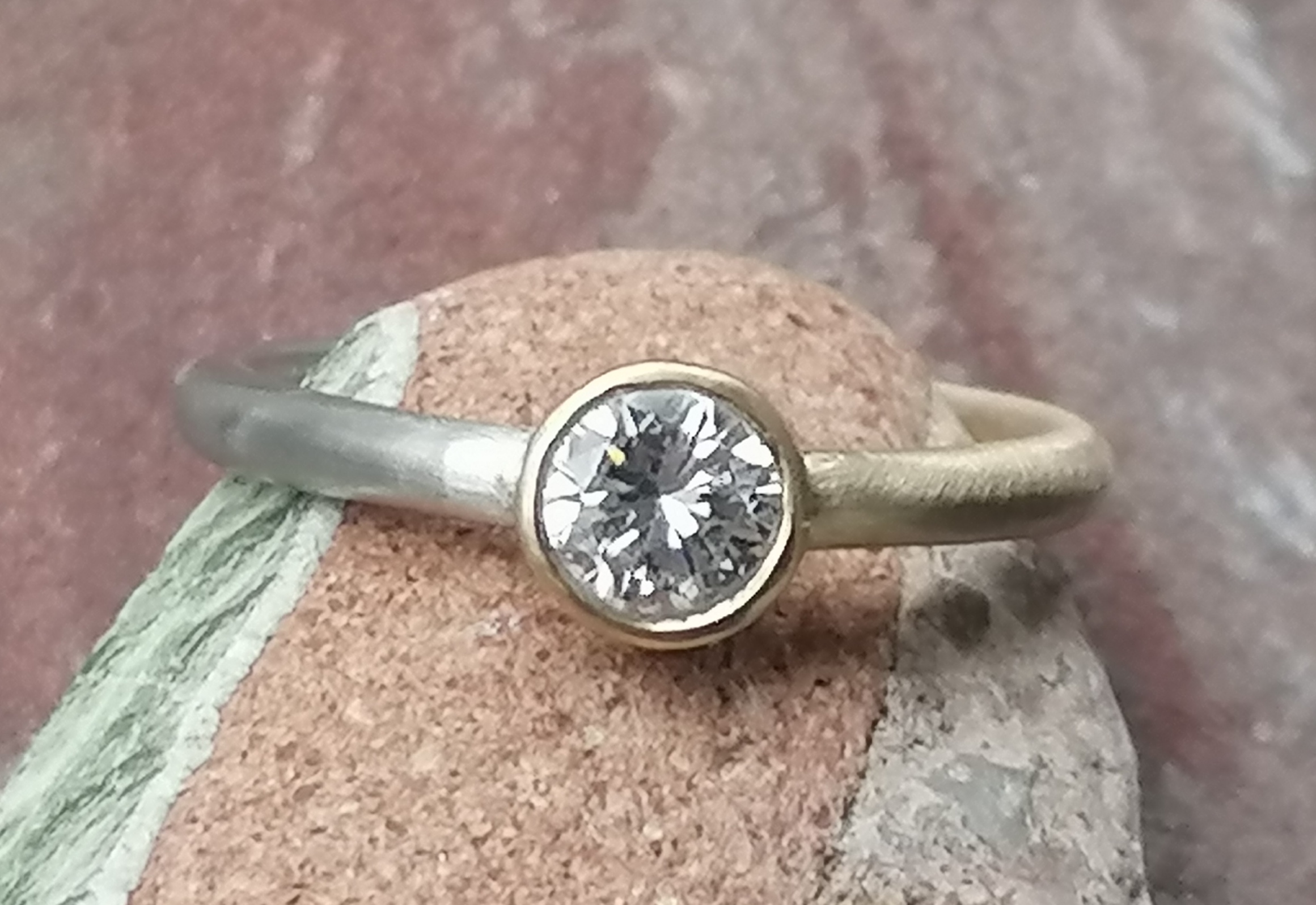 Unikat Ring Platin 950 Gold 750 halb und halb Brillant 0,56 ct topwesselton lupenrein