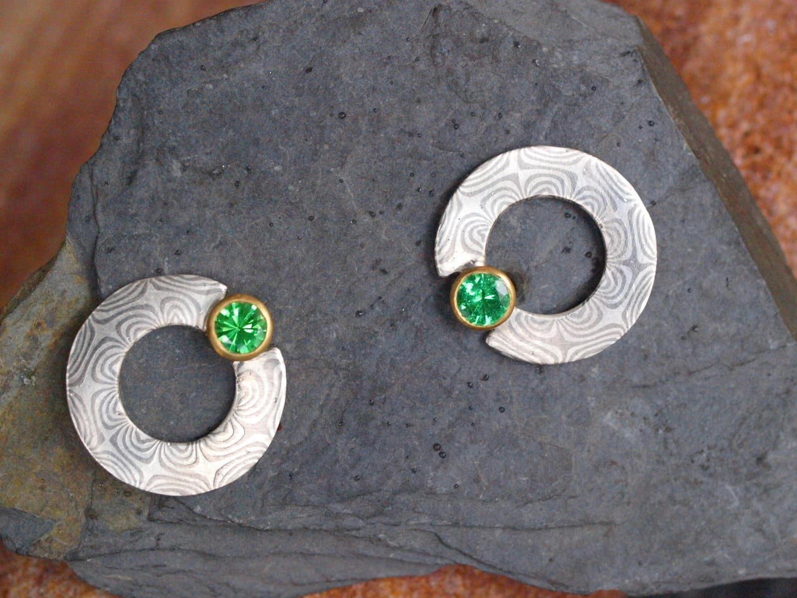 Mokume Gane Ohrstecker Silber 925 Palladium 500 Gold 750 Tsavorit Unikat