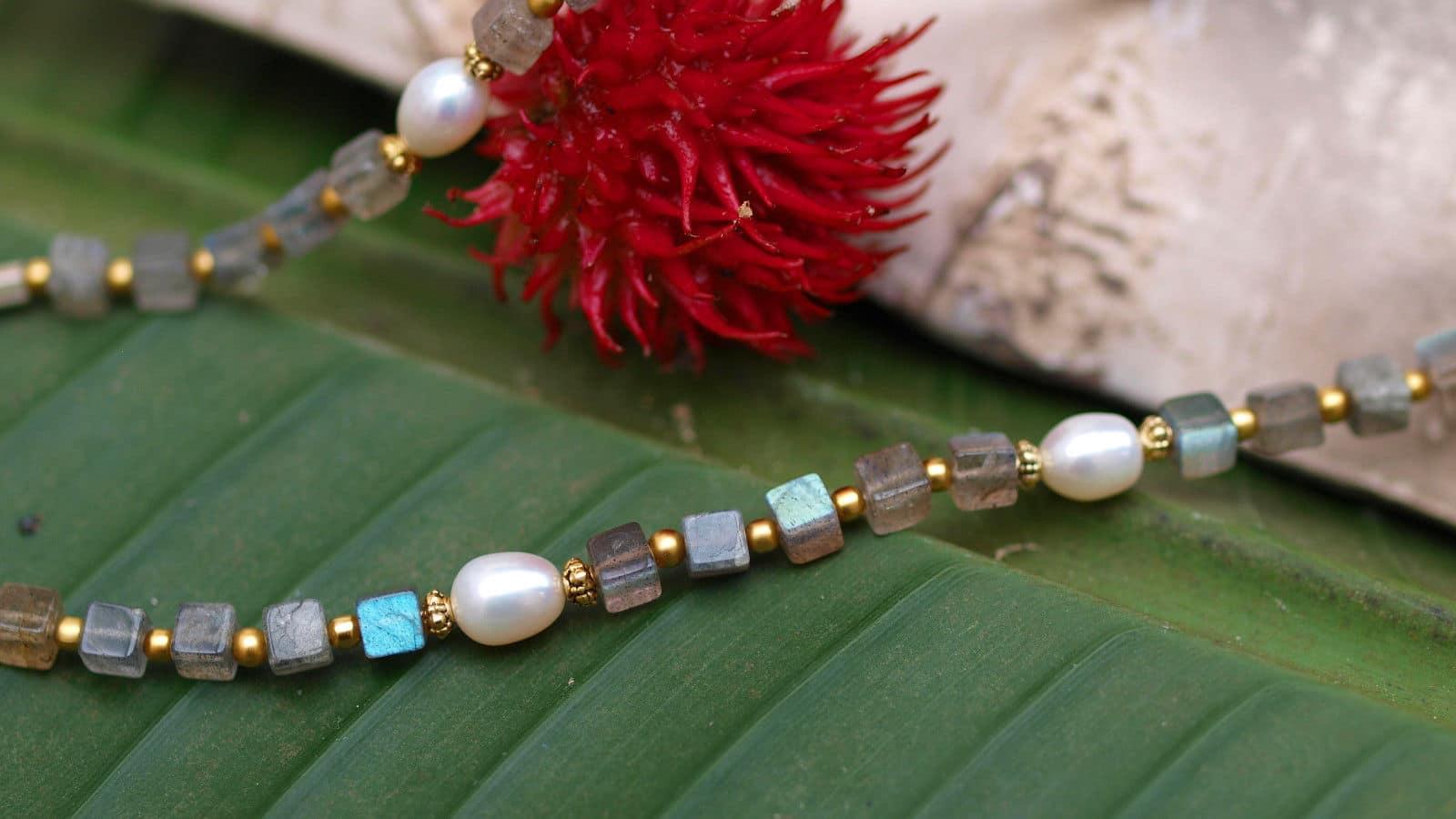 Unikat Kette Silber 925 tlw. vergoldet Labradorit Würfel Zuchtperlen Perlen