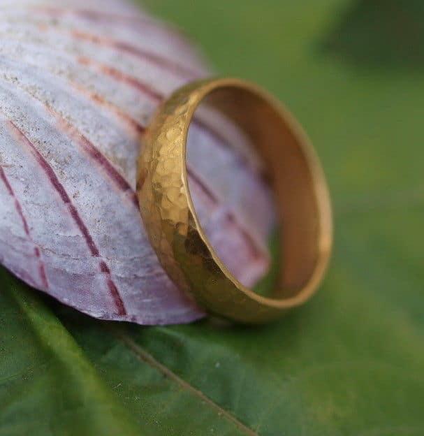 Unikat Ring Gold 990 gehämmert schlicht Trauring 63