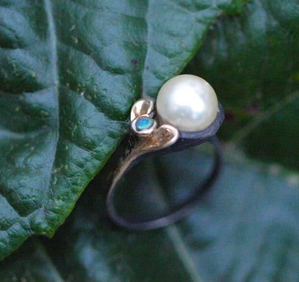 Unikat Ring Silber 925 rutheniert tlw vergoldet Zuchtperle Perle Opal