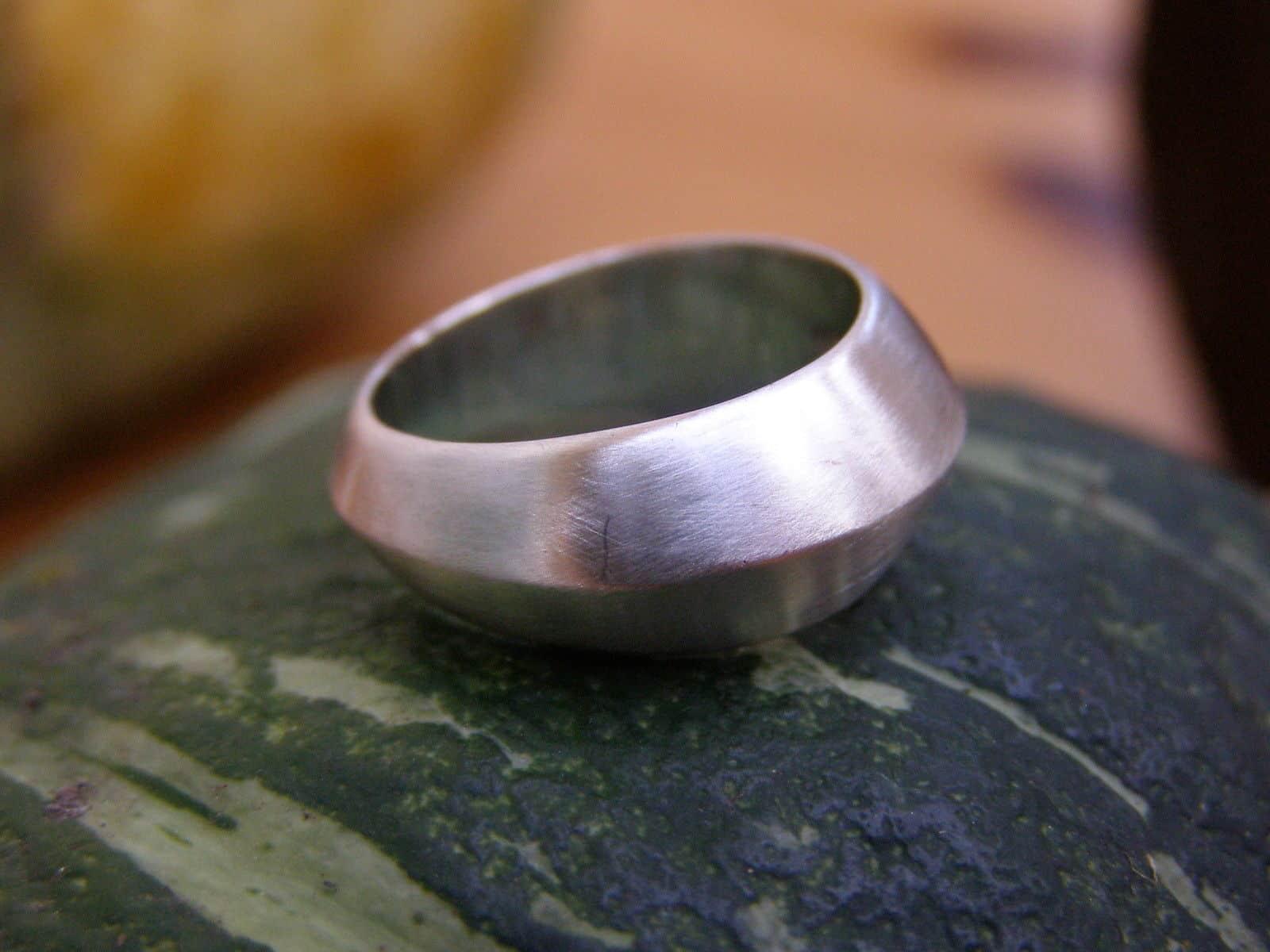 schlichter Designer Ring Silber 925 matt dachform