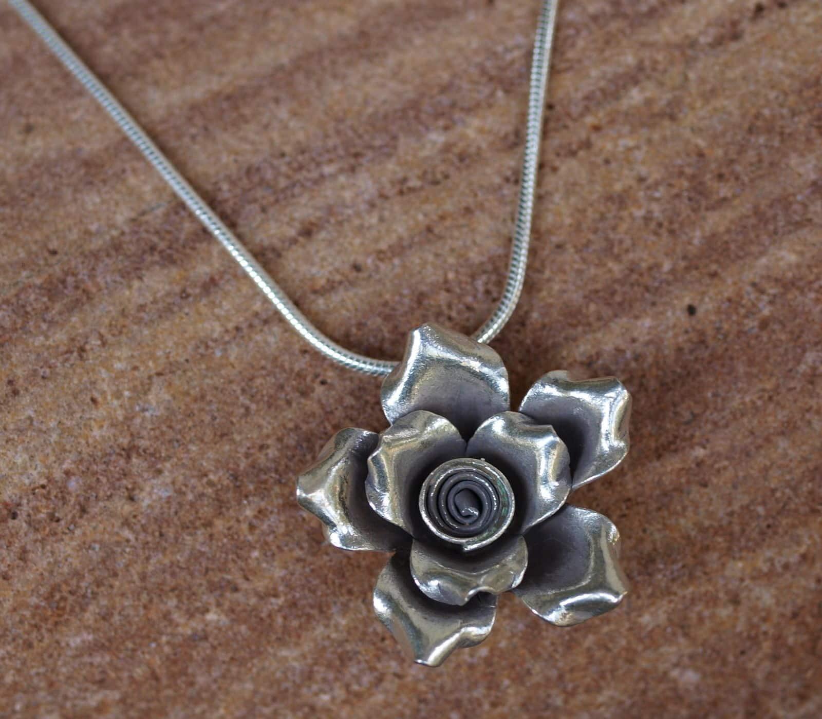 Designer Kette Silber 925 Anhänger Rose Blume 50 cm
