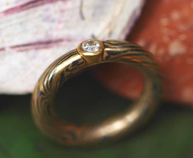 Unikat Ring Mokume Gane Brillant Gold 750 Palladium gedrehtes Sternmuster 54