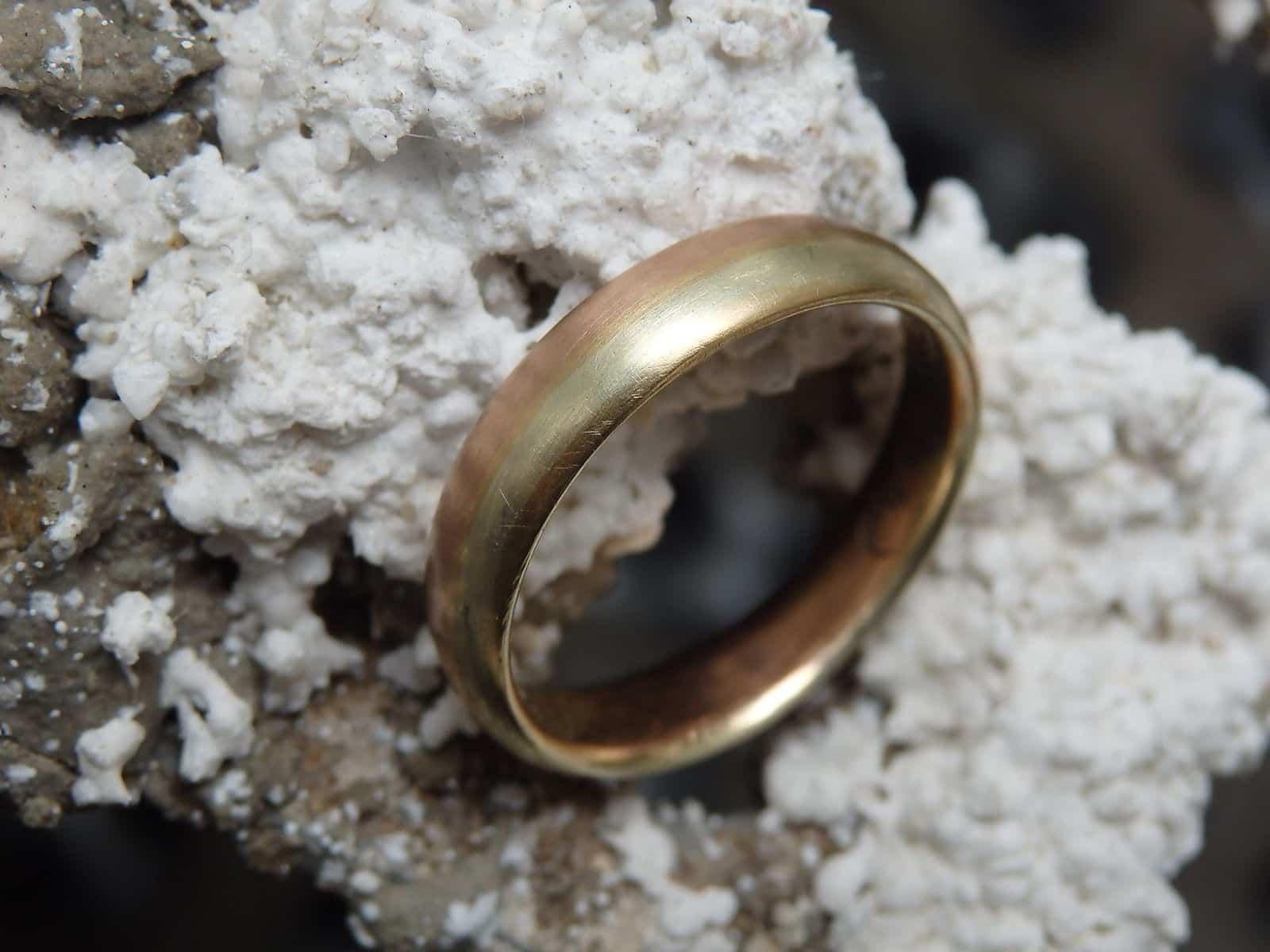 Unikat Ring Mokume Gane Gold 585 rot grün 58