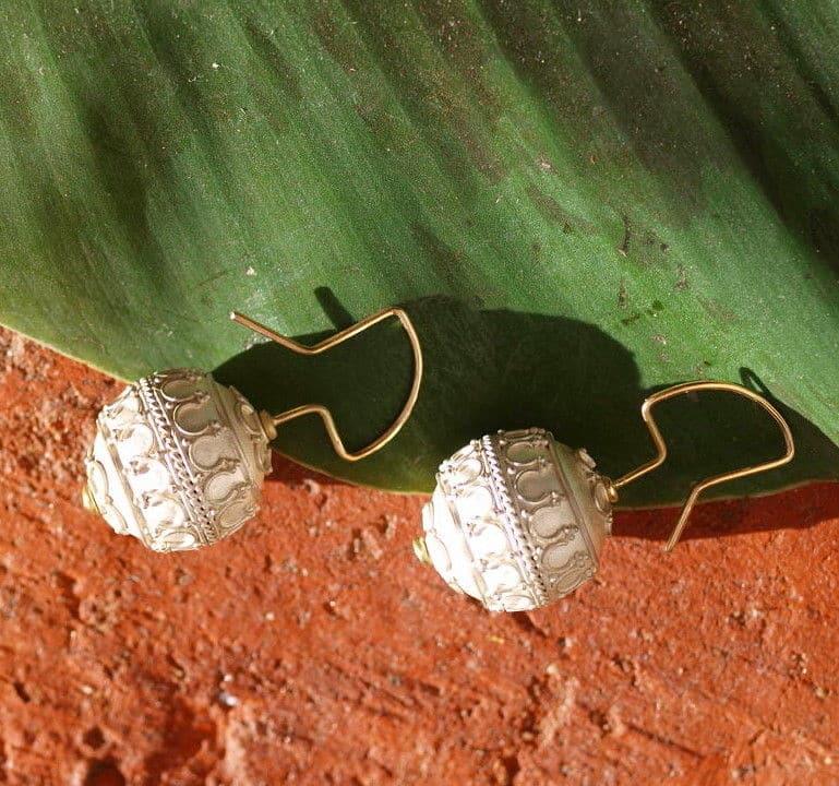 Unikat Ohrschmuck Ohrring Silber 925 Gold 750 granuliert Kugel antikes Muster