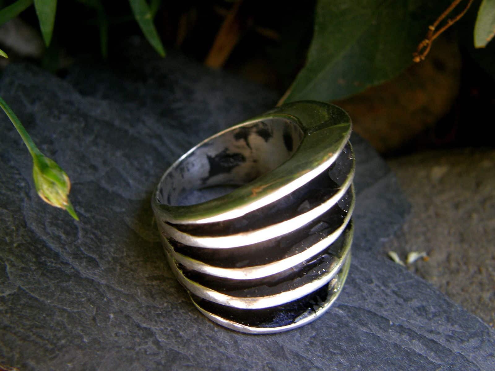 Designer Ring Silber 925 tlw. geschwärzt 5 Rippen