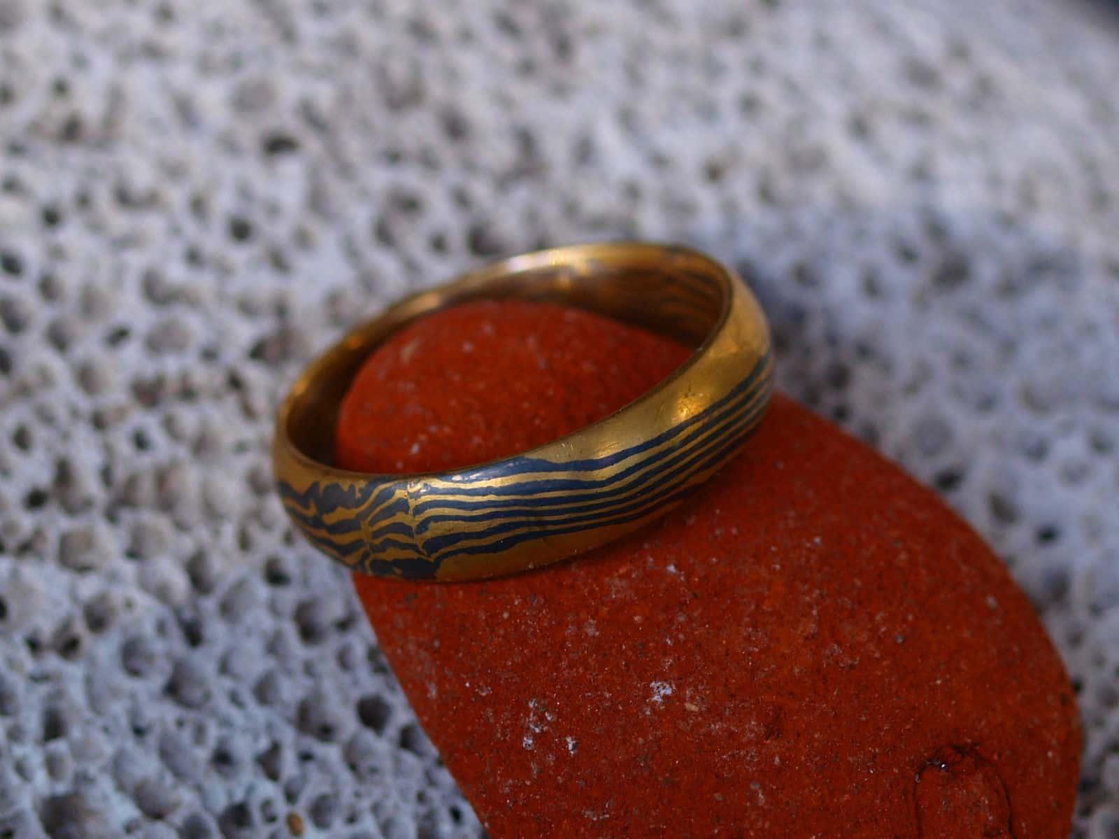 Mokume Gane Ring Gold 900 Palladium 500 Holzmaserung Unikat