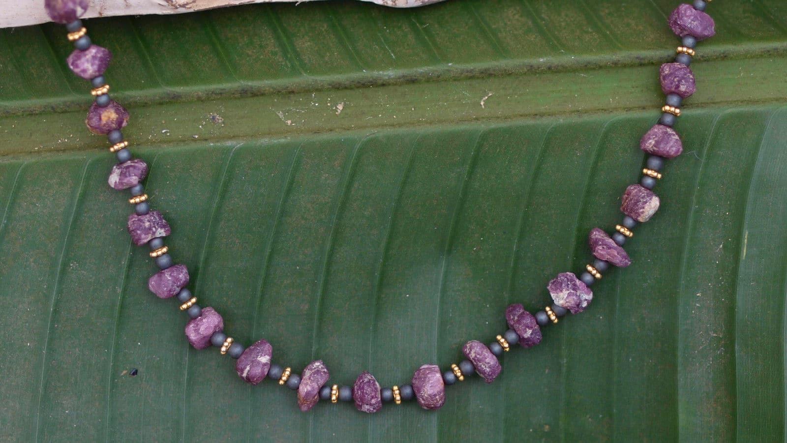 Unikat Kette Silber 925 vergoldet Rubin Naturkristall Hämatit Magnetverschluss