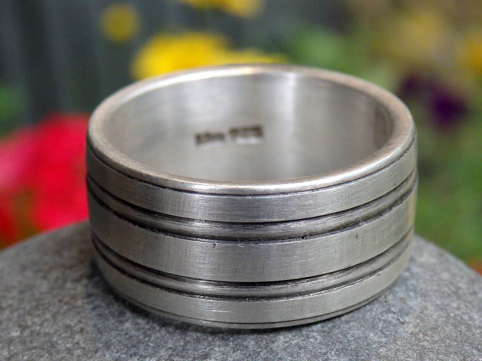 Designer Ring Silber 925 Rillen tlw geschwärzt