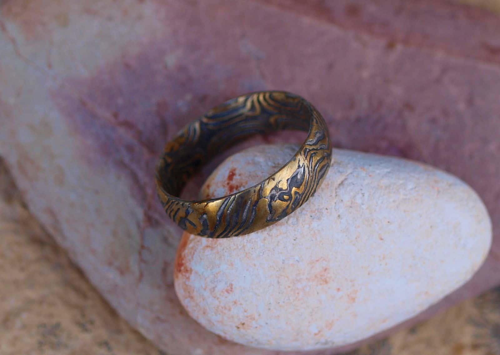 Unikat Ring Mokume gane Gold 900 Palladium 500 Silber 925 Holzmaserung geätzt
