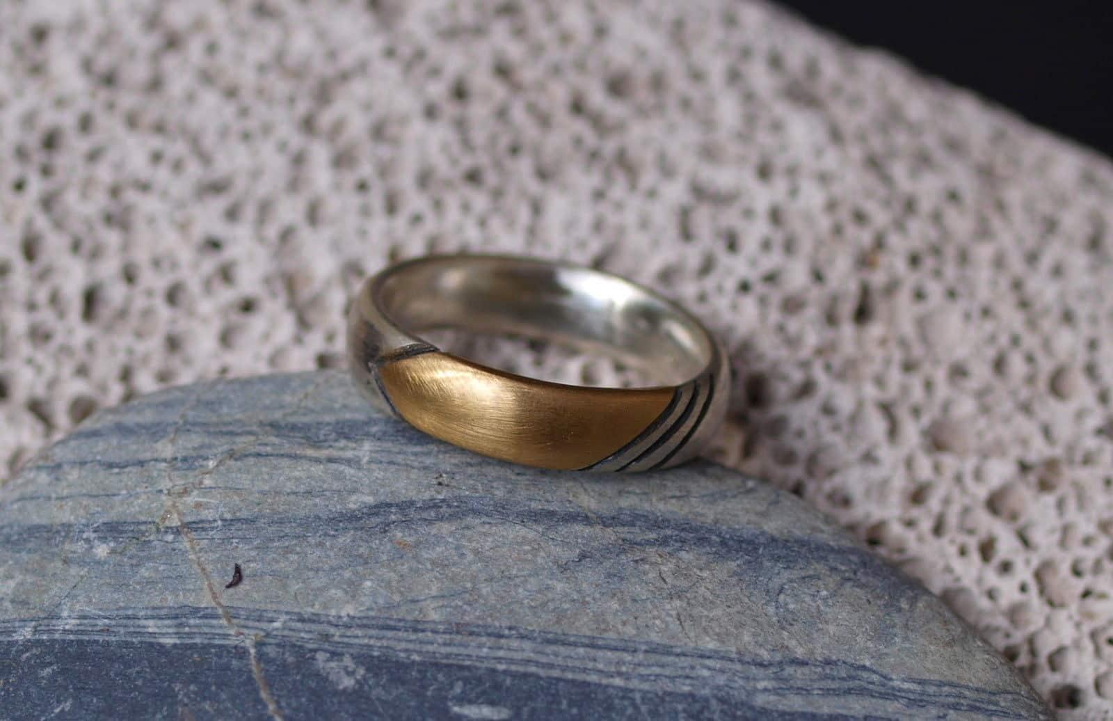 Designer Ring Silber 925 Gold 750 Kontur geschwärzt ovale Schiene Unikat