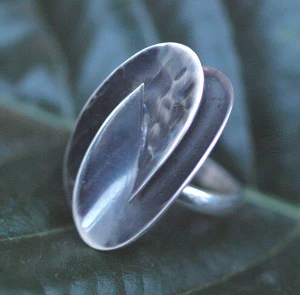 Designer Ring Silber 925 flächig geschmiedet geschwärzt 56