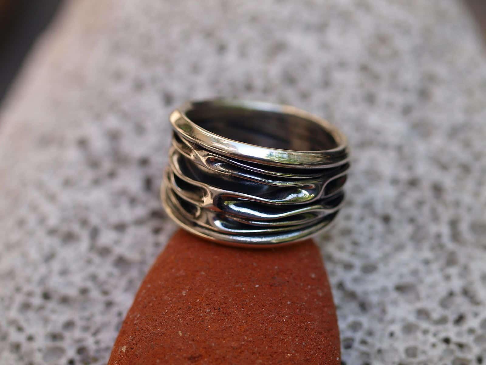 Designer Ring Silber 925 gefaltet geschmiedet tlw. geschwärzt 58