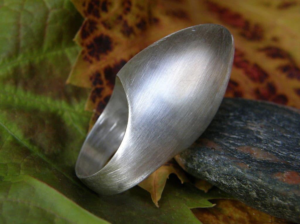 Designer Ring Silber 925 freie Form plastisch Bischoffsmütze