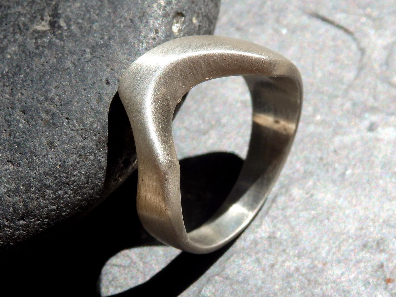 Designer Ring Silber 925 freie Form plastisch Kerbe 55