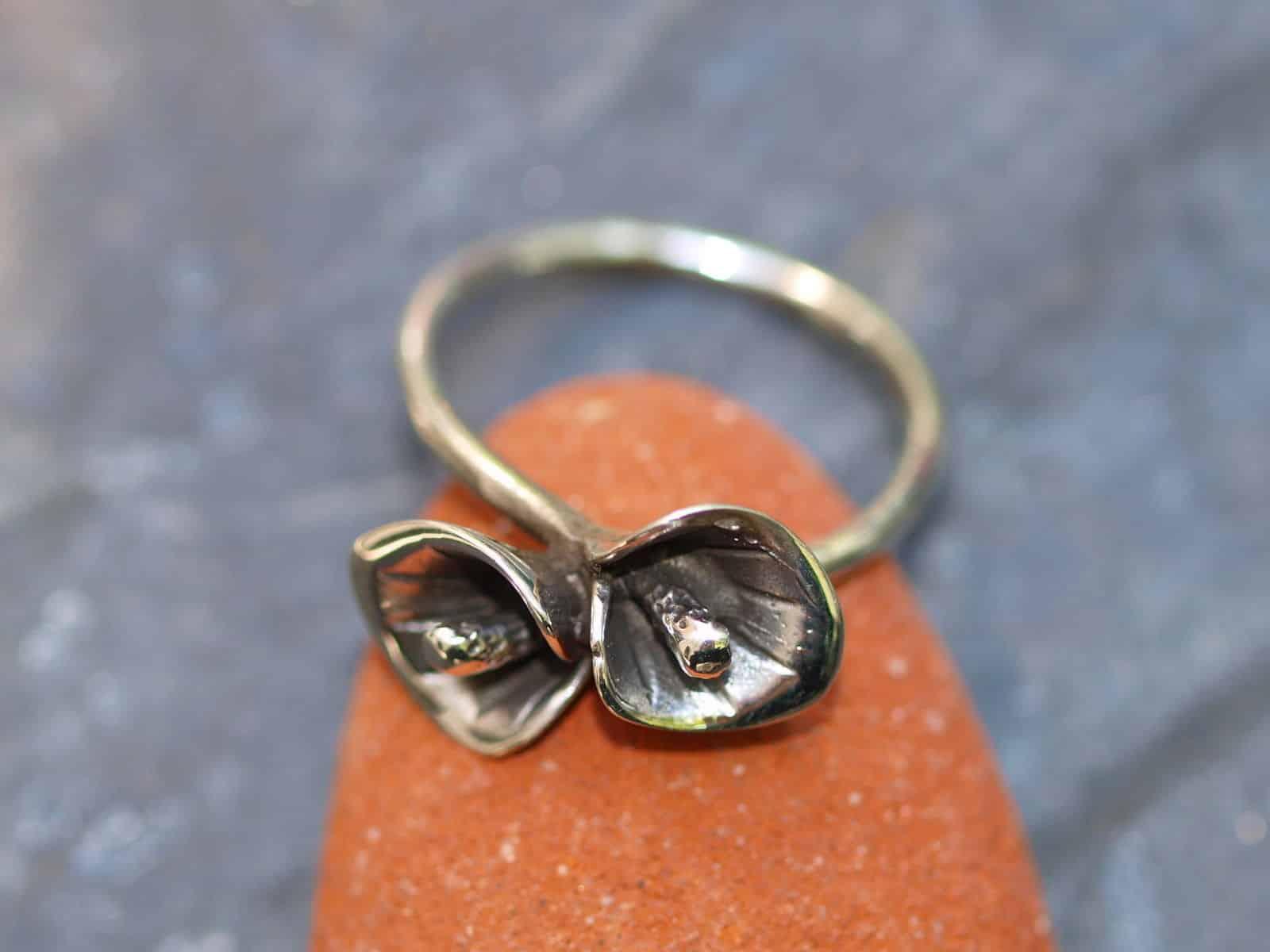 Designer Ring Silber 925 geschwungen Blume Calla