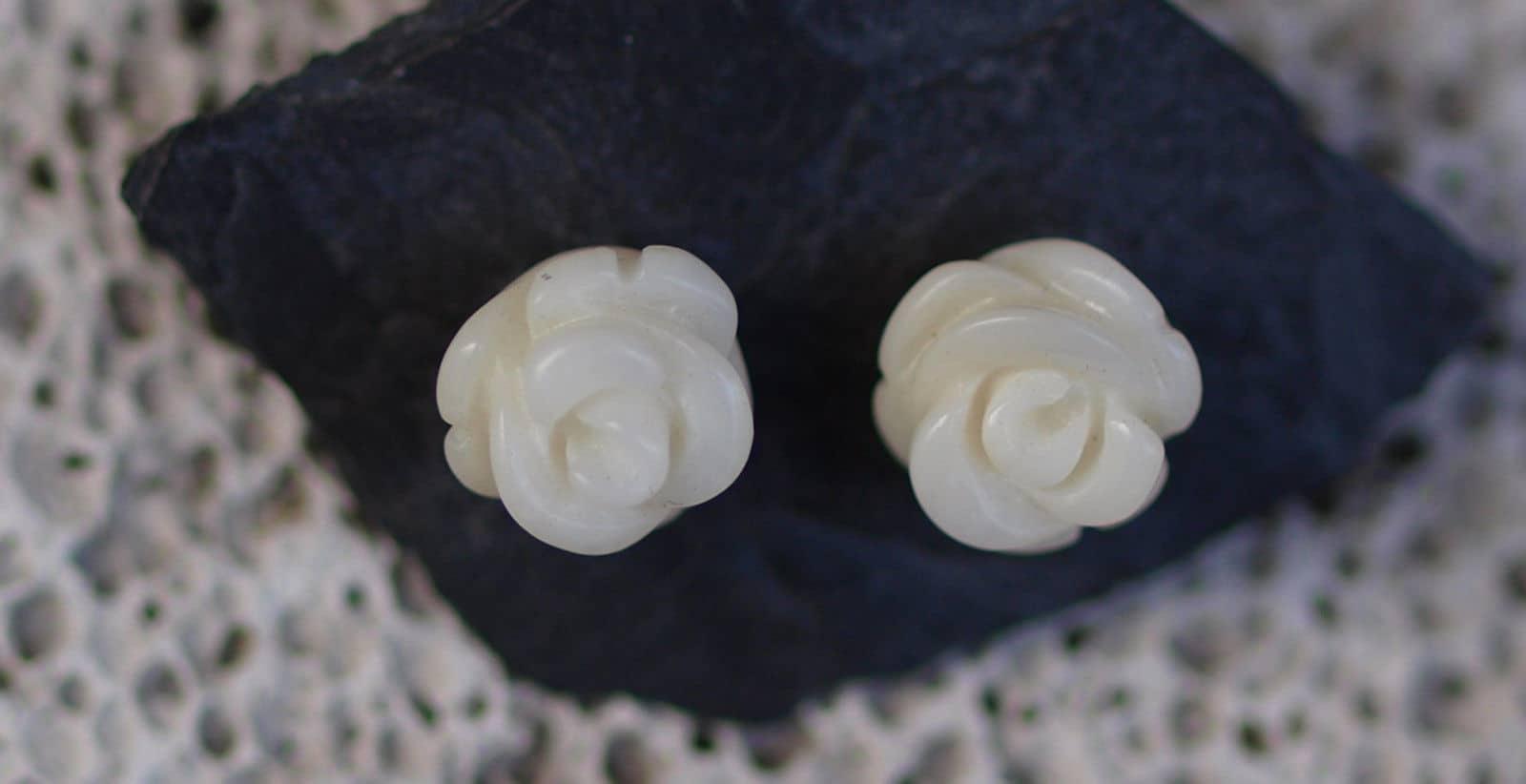 Ohrstecker Silber 925 Korallrosen Rosen weiße Koralle