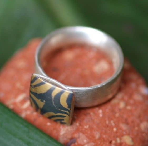 Unikat Ring Silber 925 mit Mokume Gane Gold 900 Palladium  bombierte Schiene 55