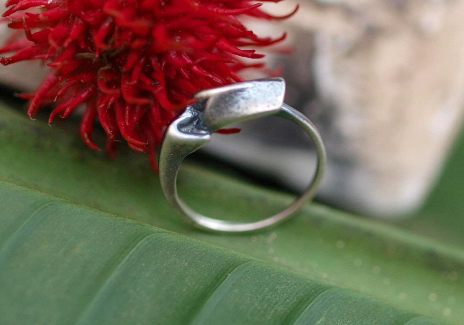 Zarter Designer Ring Silber 925 organische Form gefaltet geschwärzt