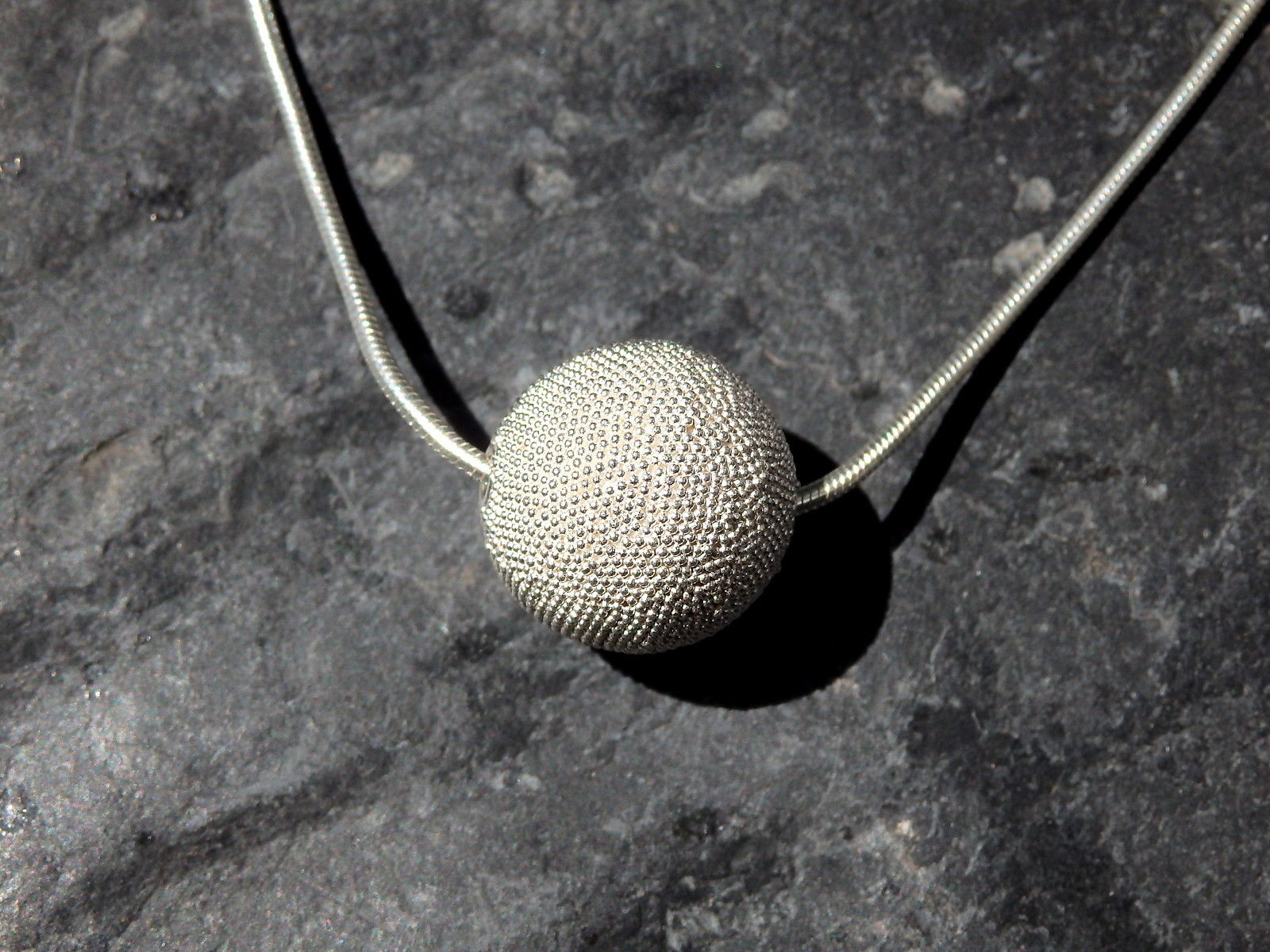Designer Kette Silber 925 granulierte Kugel 17 mm