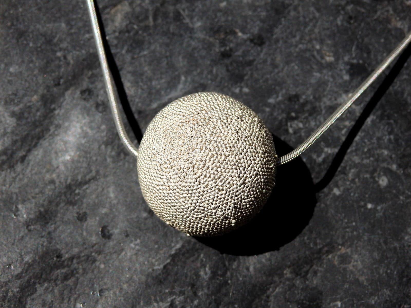 Designer Kette Silber 925 granulierte Kugel 26 mm