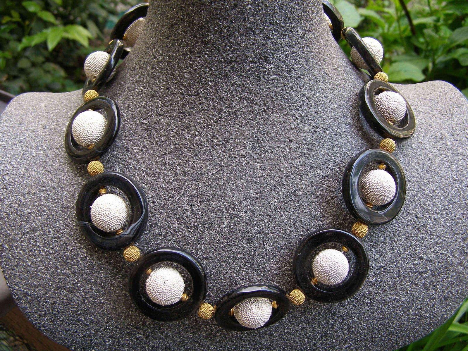 Unikat Kette Silber 92 Kugeln granuliert vergoldet Onyx